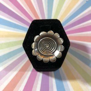 Big vintage 80's sterling pop art flower ring